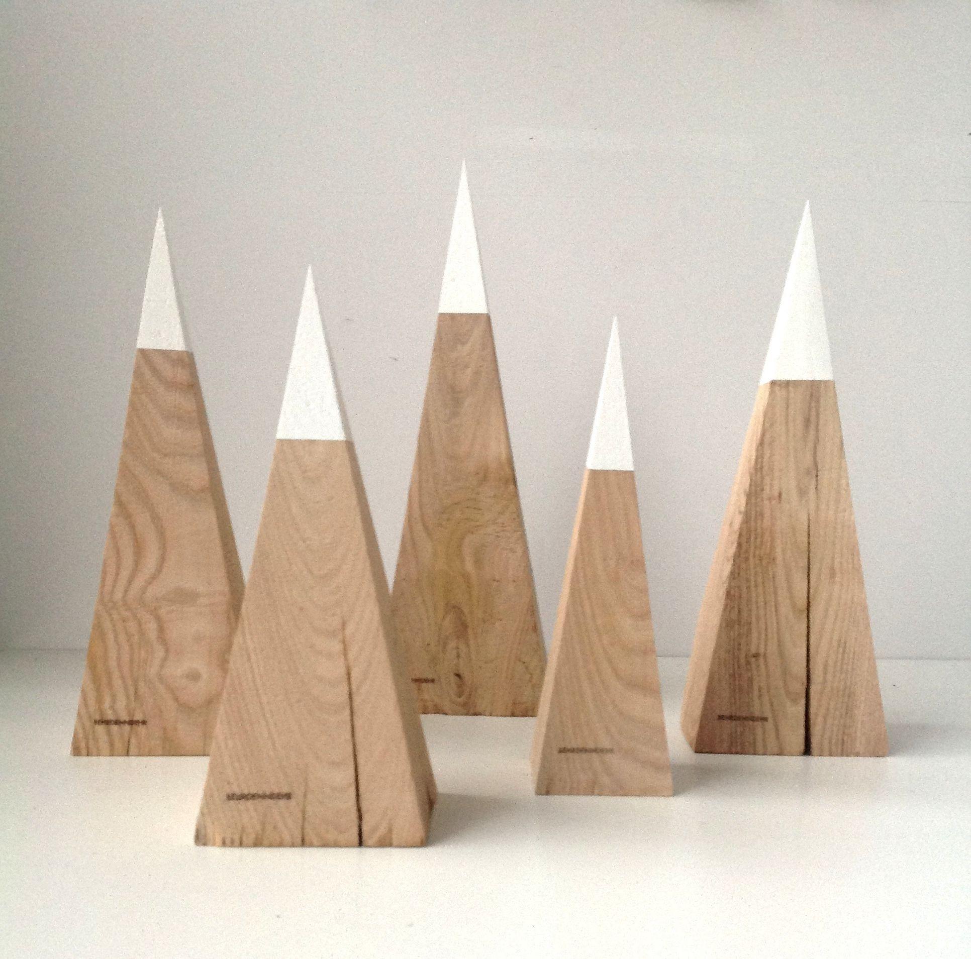 Christmas | Xmas | Jul | Noel. Decoration. Wood. Trees.