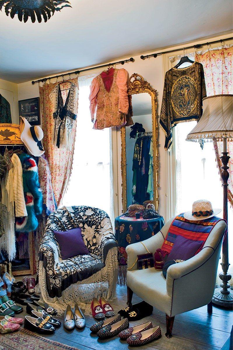 Pin by Neeta Ogden on Closet Home decor, Decor, Furniture