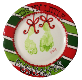Christmas Handprints #asyouwishpottery #mistletoesfootprintcraft Christmas Handprints #asyouwishpottery #mistletoesfootprintcraft