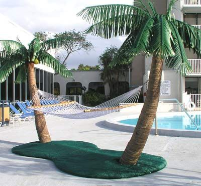 Palm Tree Hammock Stand With Cooling Mist Sprayers