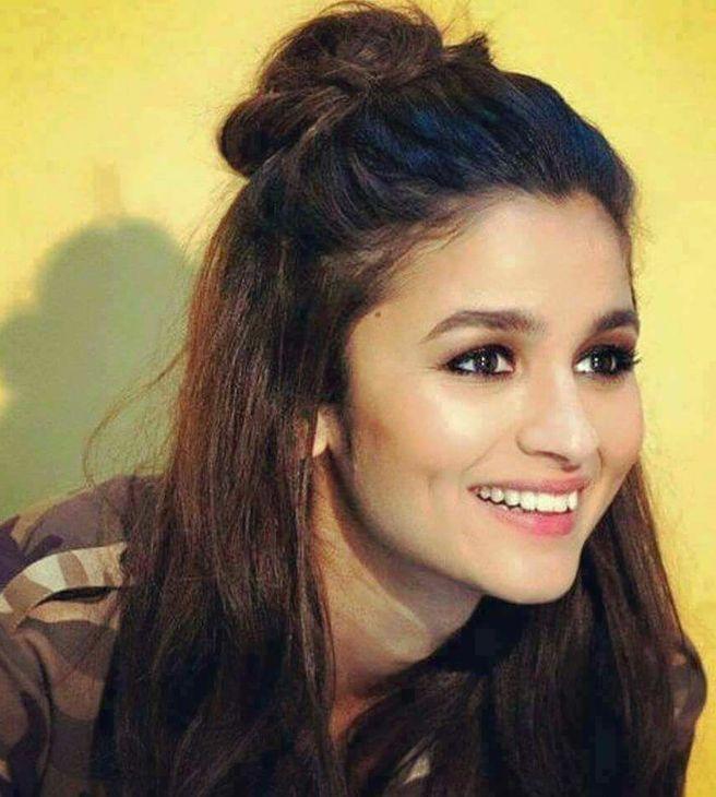 Pin On Alia Bhatt Photoshoot