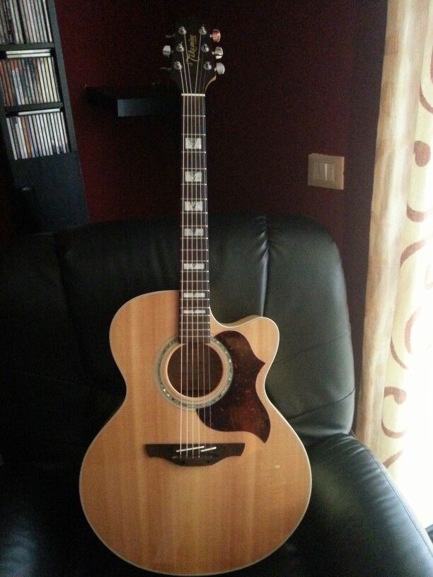 Takamine Jumbo Eg523 I Don T Own One But I Think It S Takamine S