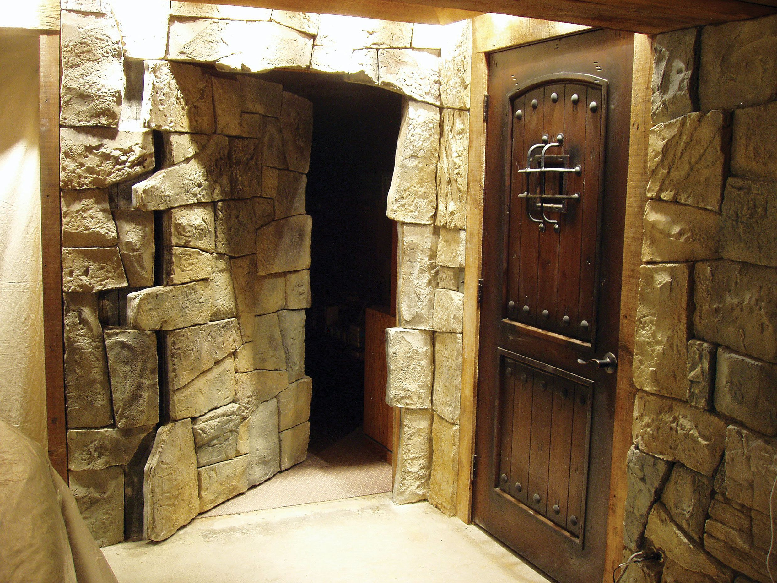Interior secret passage this would be cool to have for Interior passage doors