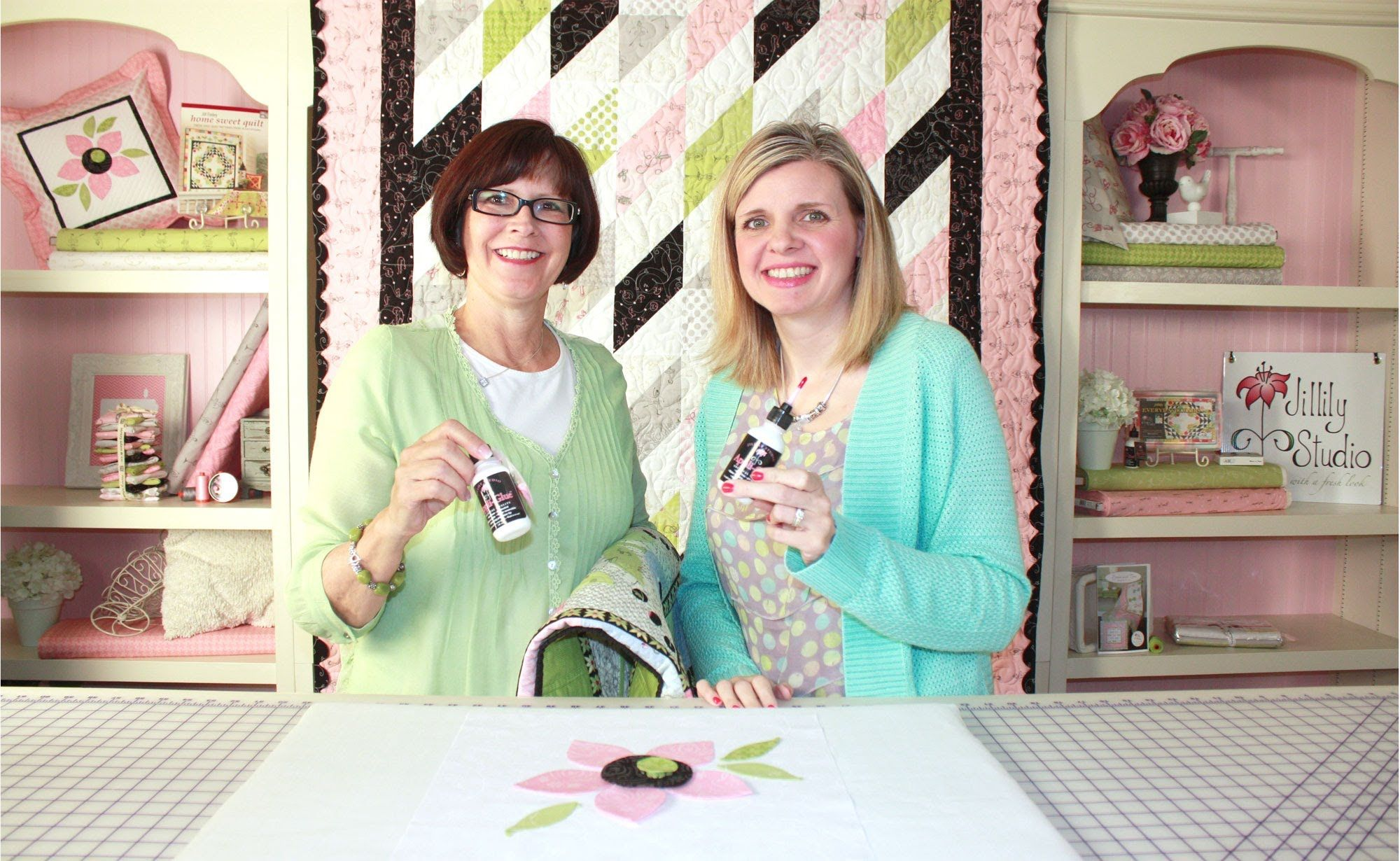 How to use appli glue by jill finley of jillily studio watch and