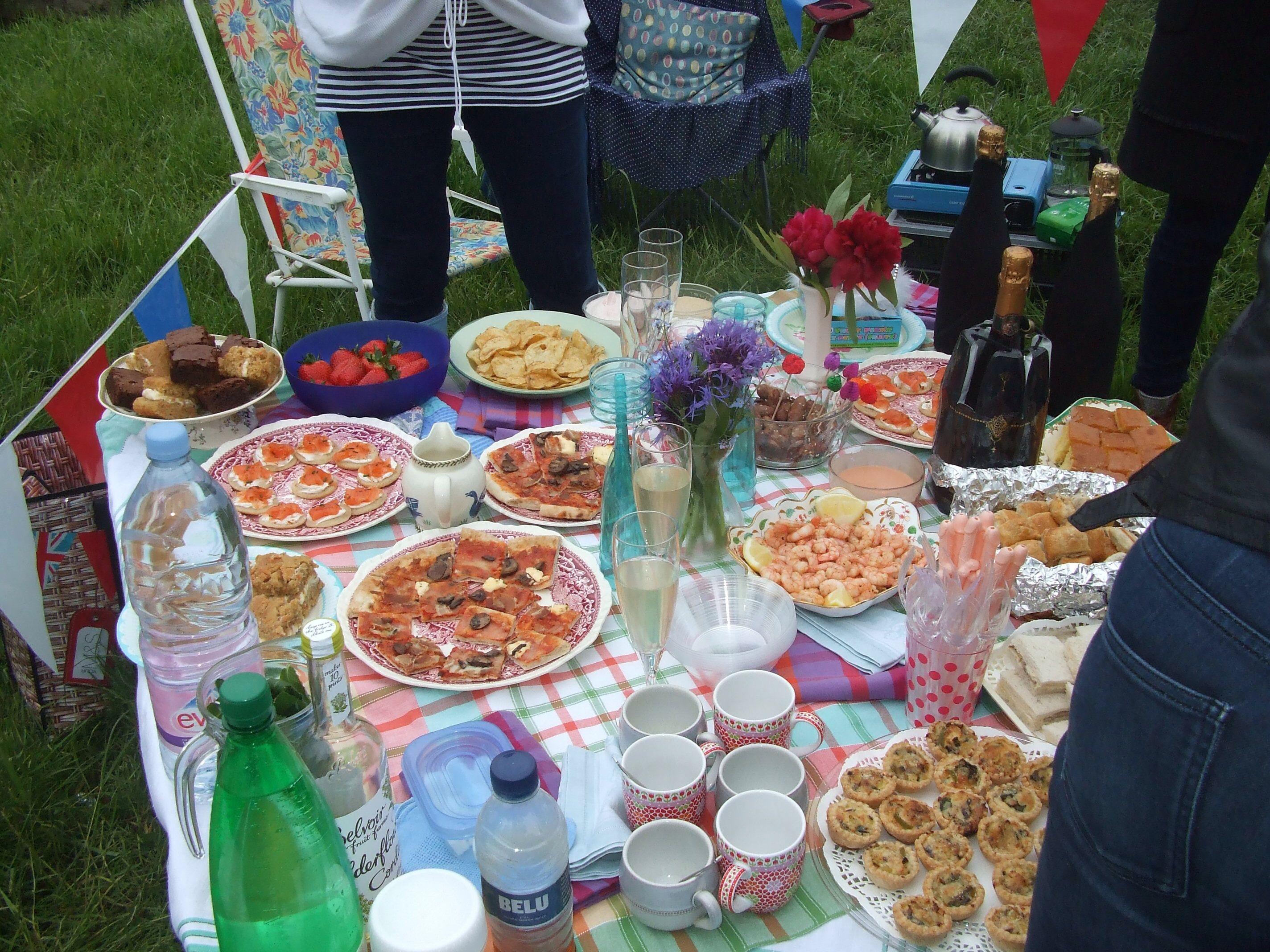 A modest picnic Granchester meadows