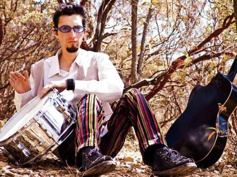 Se da a conocer la muerte de Julio Díaz, ex baterista de Santa Sabina