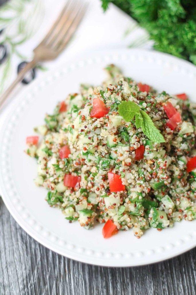Quinoa Tabbouleh #salad #healthy #recipe #quinoa #sidedish #glutenfree #vegan #cleaneating