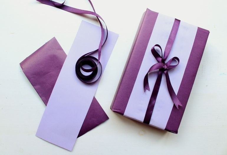 Purple Presents Deep Purple Gift Wrapping Ideas Gift