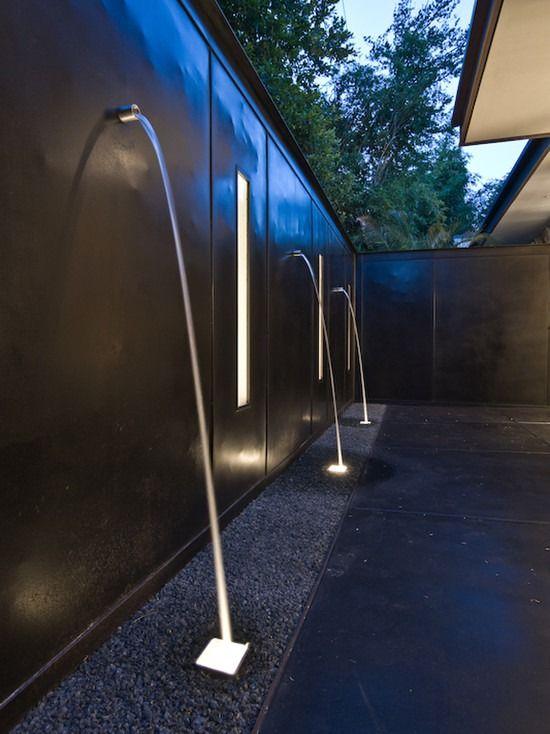 Contemporary Patio Minimalist Design High Fence Garden 400 x 300