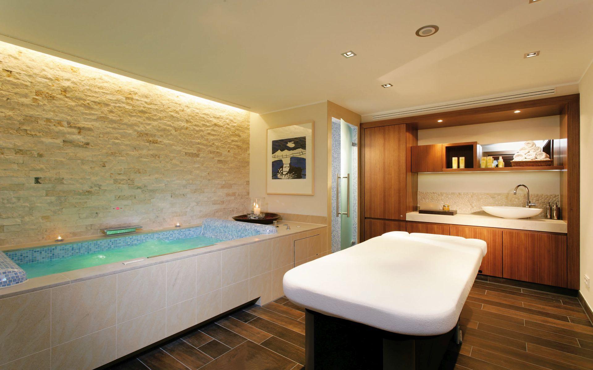 Erholung pur im 5 Sterne Hotel in Murnau am Staffelsee wellness clarins
