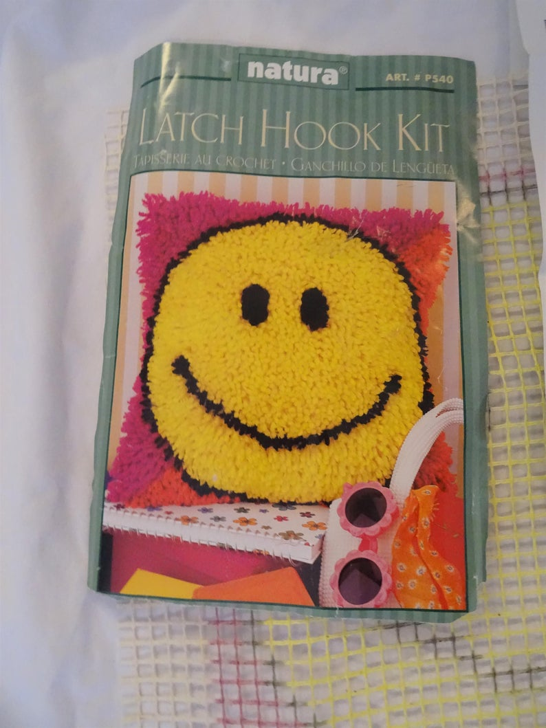 Caron Smiley Face Latch Rug Kit Craft Happy Face Etsy Latch Hook Rug Kits Crafts Smiley Face