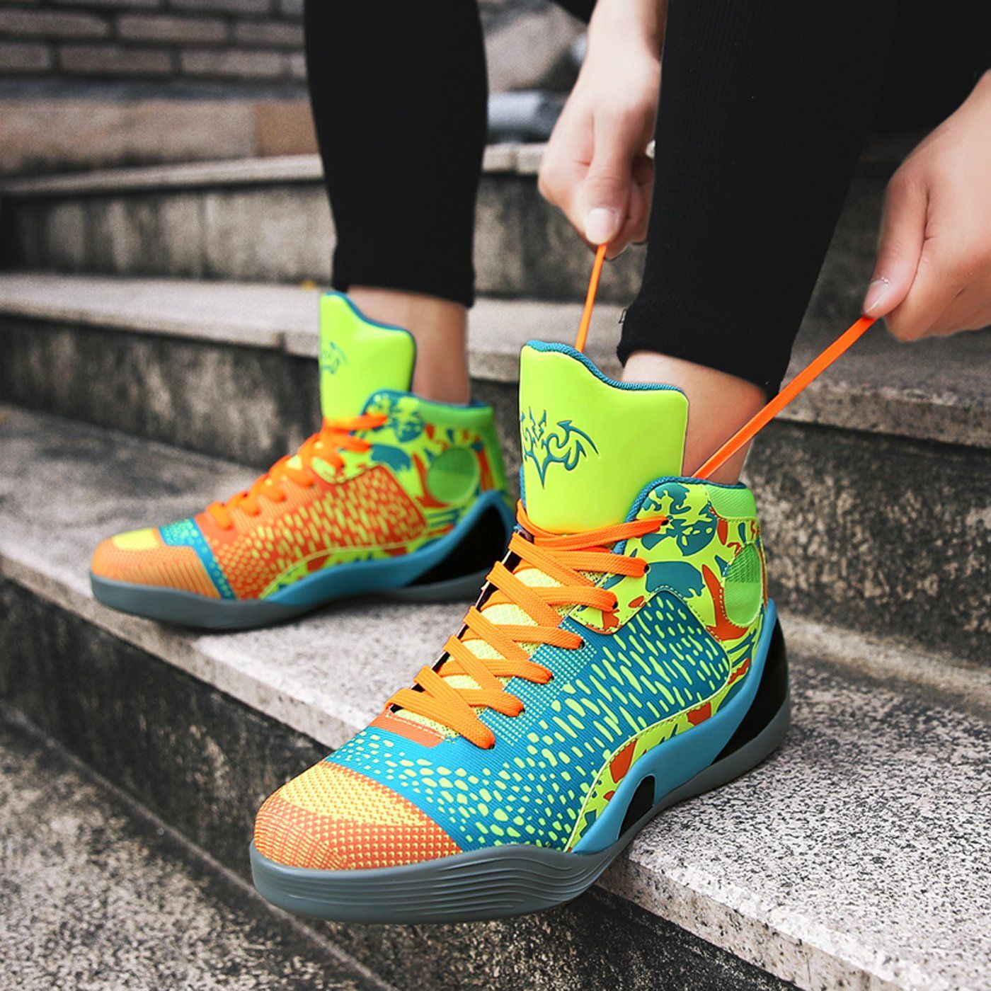 Spring And Summer Couple Fashionable Sports Shoes In 2020 Casual Athletic Shoes Hiking Shoes Mens Running Tennis Shoes