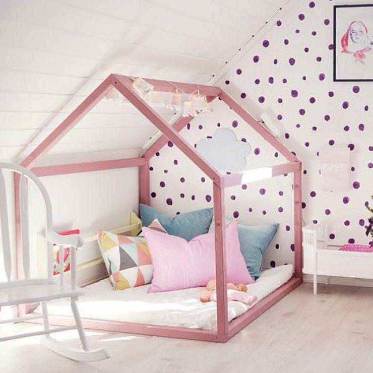lit cabane dans une chambre d 39 enfants lit cabane lits et chambres. Black Bedroom Furniture Sets. Home Design Ideas