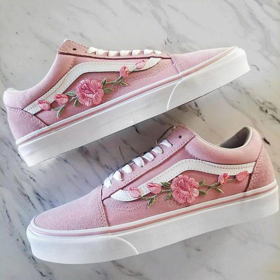 Rosa Rosa Rosebuds Custom Vans Old Skool Sneakers In 2020 Pink Vans Vans Old Skool Sneaker Custom Shoes