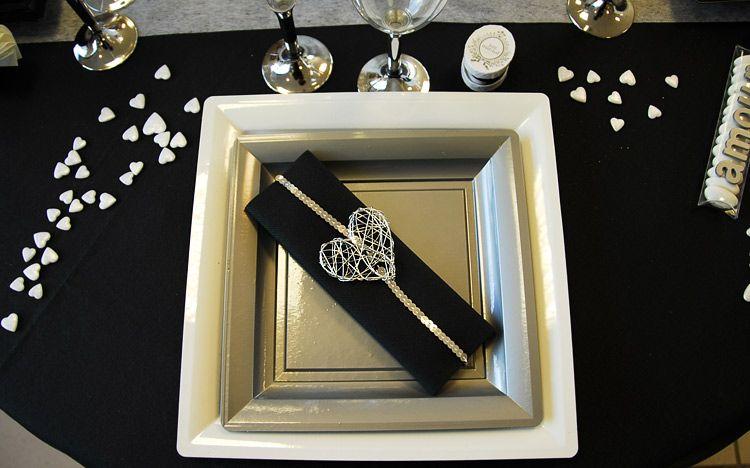25 id es de pliage serviette originale pour ses invit s. Black Bedroom Furniture Sets. Home Design Ideas