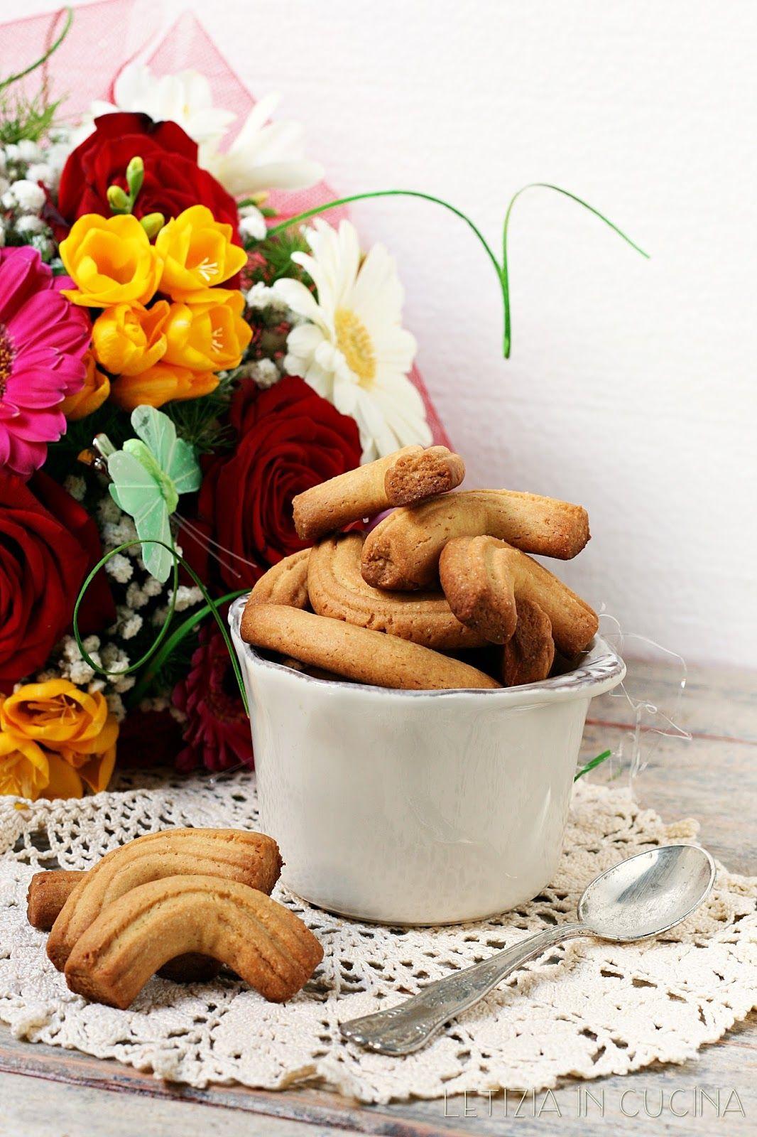 Letizia in Cucina: Krumiri - Cakes Lab | Biscotti | Pinterest | Labs ...
