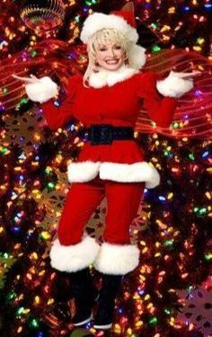 Merry Christmas From Dolly Dolly Parton Dolly Parton Pictures Christmas Girl
