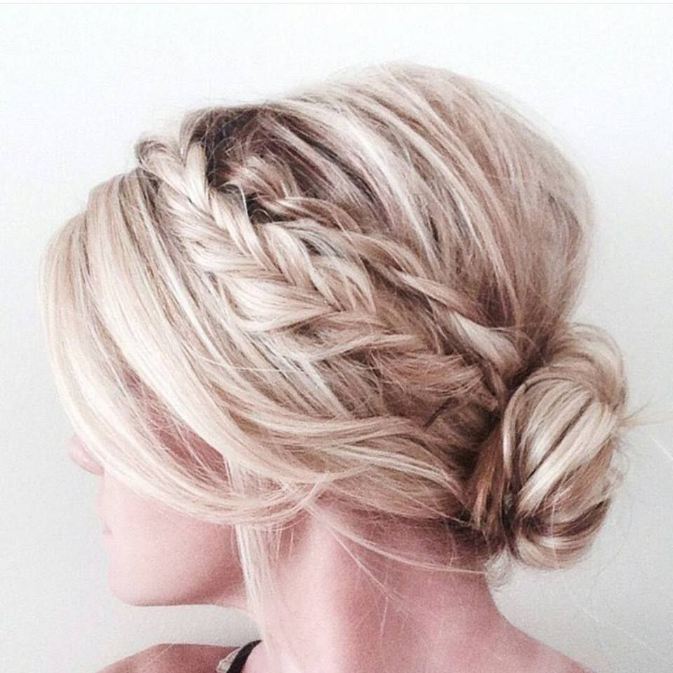 This Is Amazing When I See All These Cute Hair Styles It Always Makes Me Jealous I Wish I Could Do Somet Easy Hair Updos Hair Styles Medium Length Hair Styles