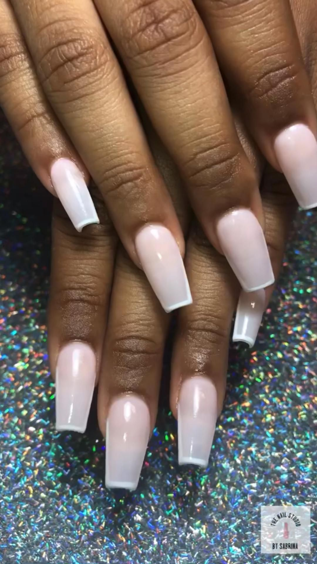 Nude nails🤍