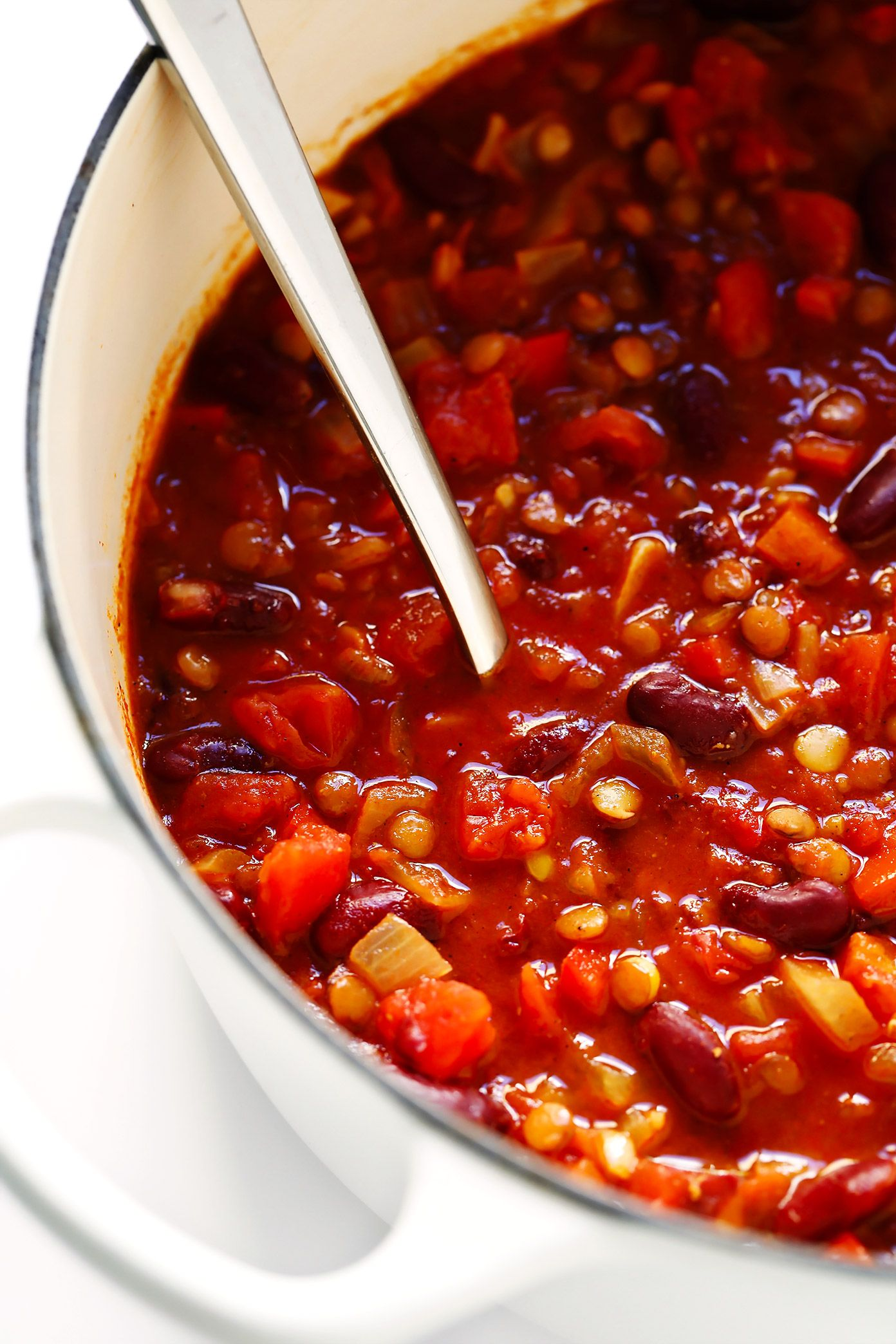 Can't-Believe-It's-Vegetarian Chili #veggiechilirecipe