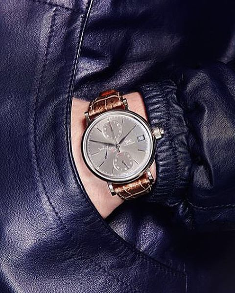 It's #GQWatchWeekend on GQ.co.uk right now. First up today, @roberttjohnston goes into rapture over the beautiful #IWC Portofino Hand-Wound Monopusher // Follow GQ Editor Dylan Jones @dylanjonesgq