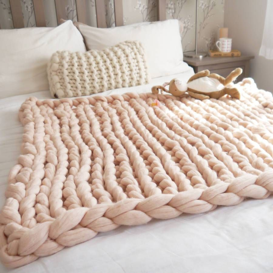 Chunky knit wool blankets for babies yes or no? Chunky