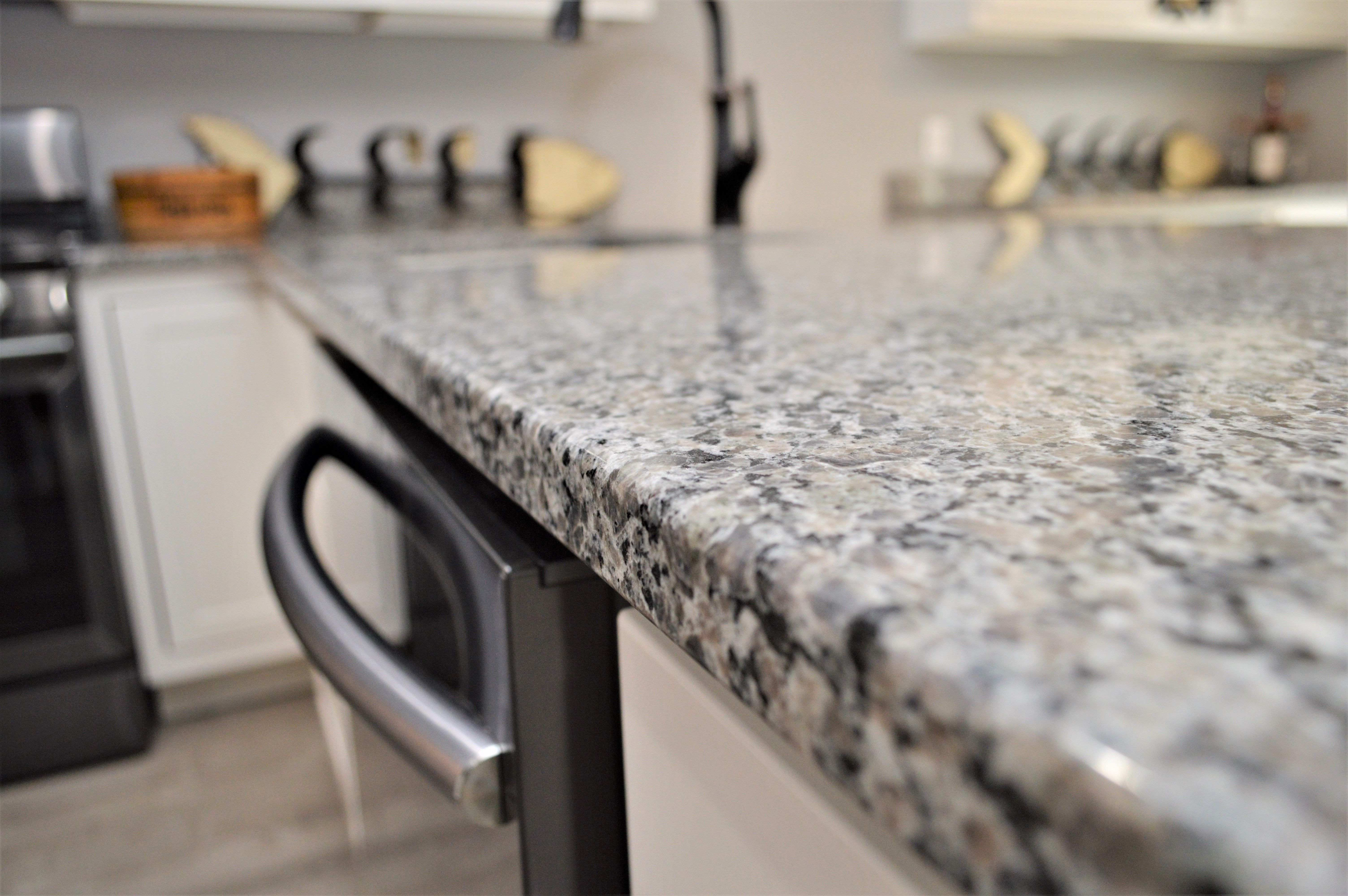 Caledonia Color Granite Countertops Countertops Granite