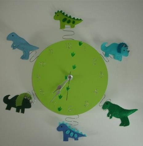 beautiful hand made dinosaur clock for little boy room-would be pretty easy to make