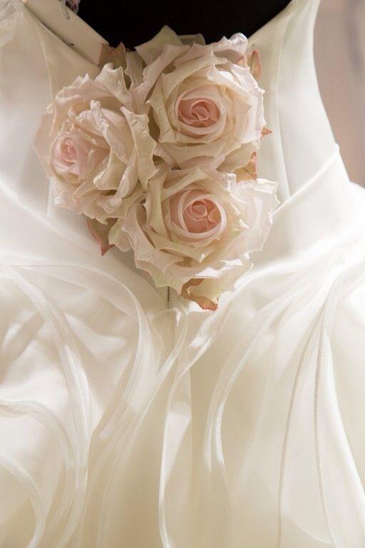 Ganz In Weiß Brautmode