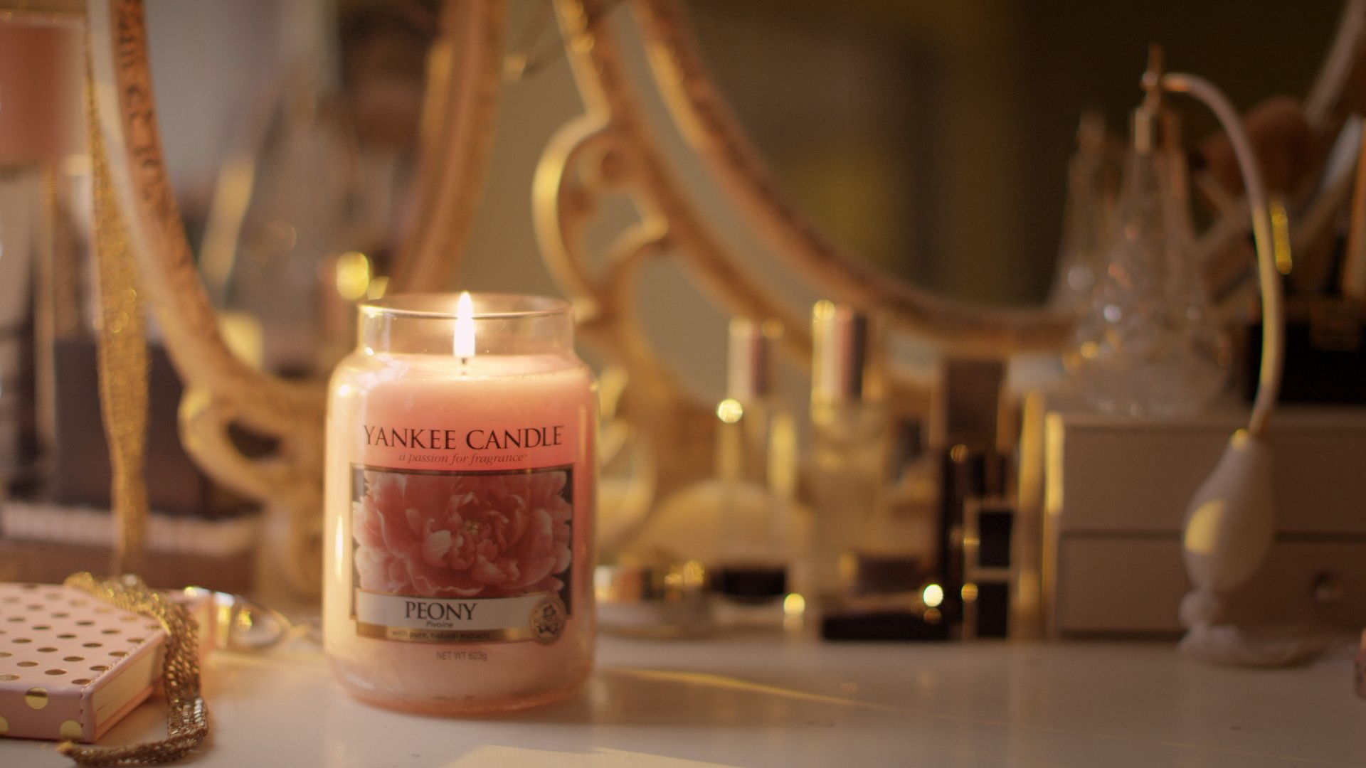 Peony is a welcoming fragrance perfect for greeting guest as you