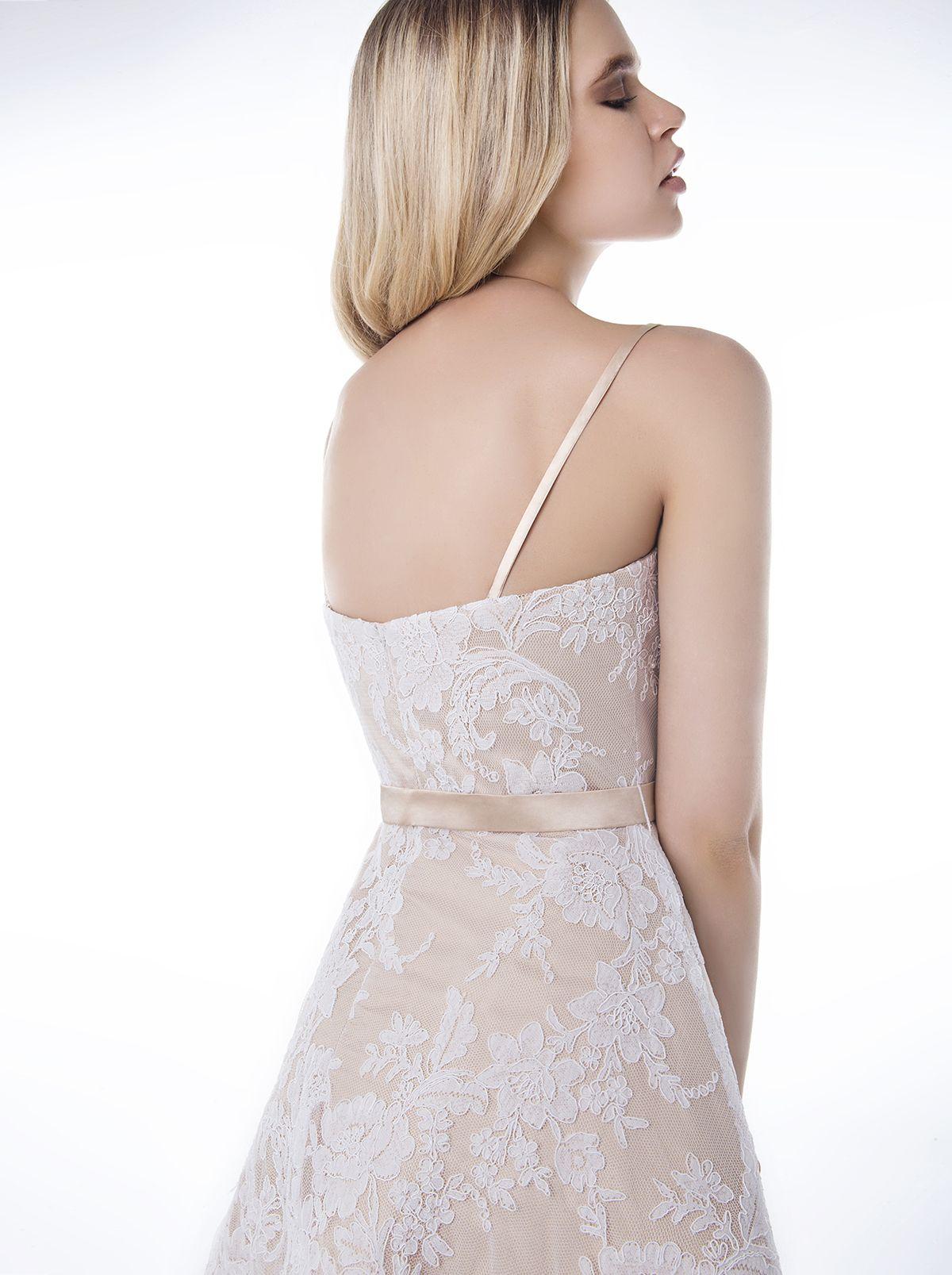 9cc478b65606 ... πίνακα Cocktail Dresses 2016 του χρήστη Mikael Evening Dresses.  Ετικέτες. Κοκτέιλ Φορέματα · Κοκτέιλ Φορέματα