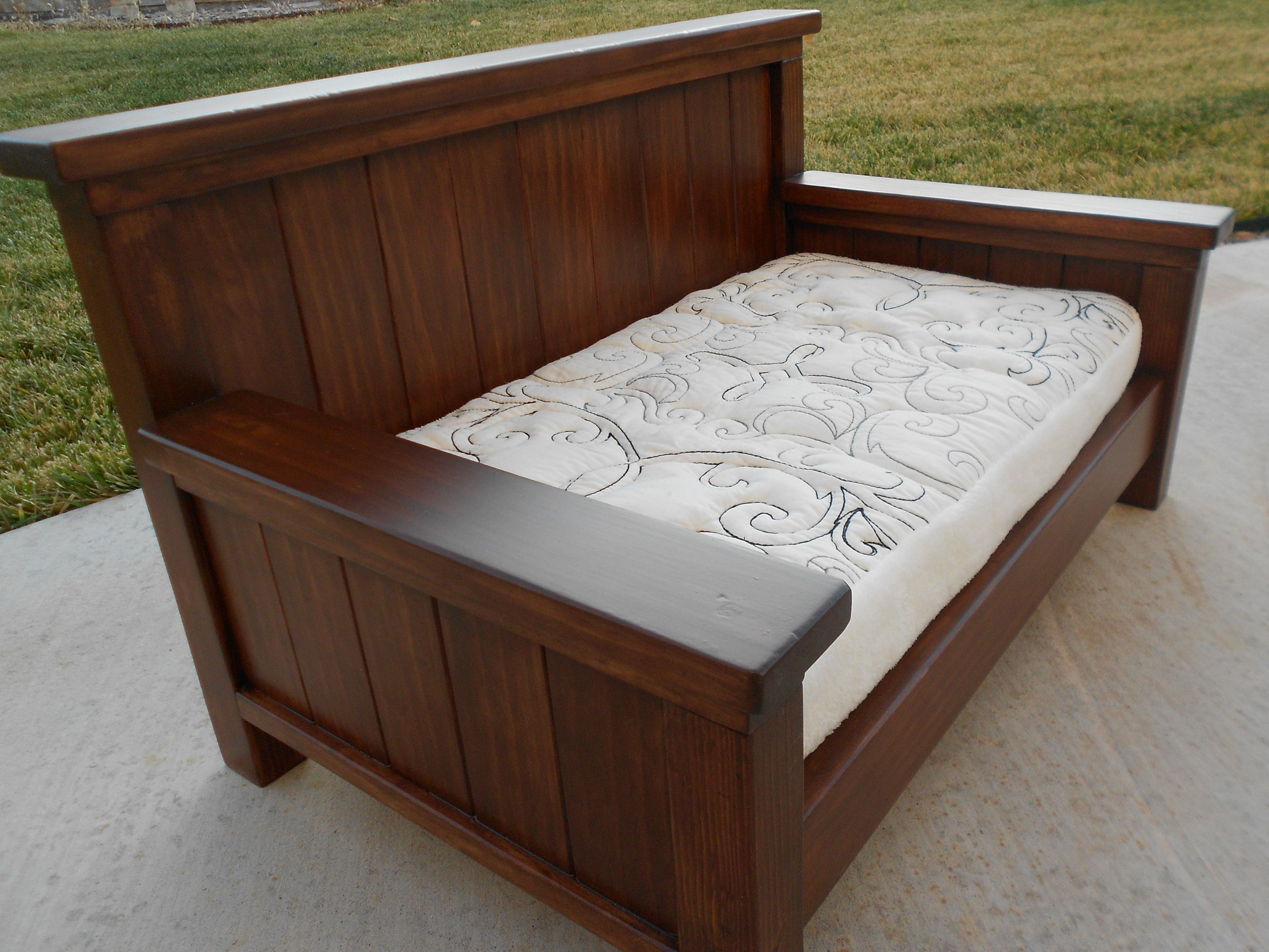 plans to build a sofa bed throw blankets for leather queen size daybed from plan new diy furniture