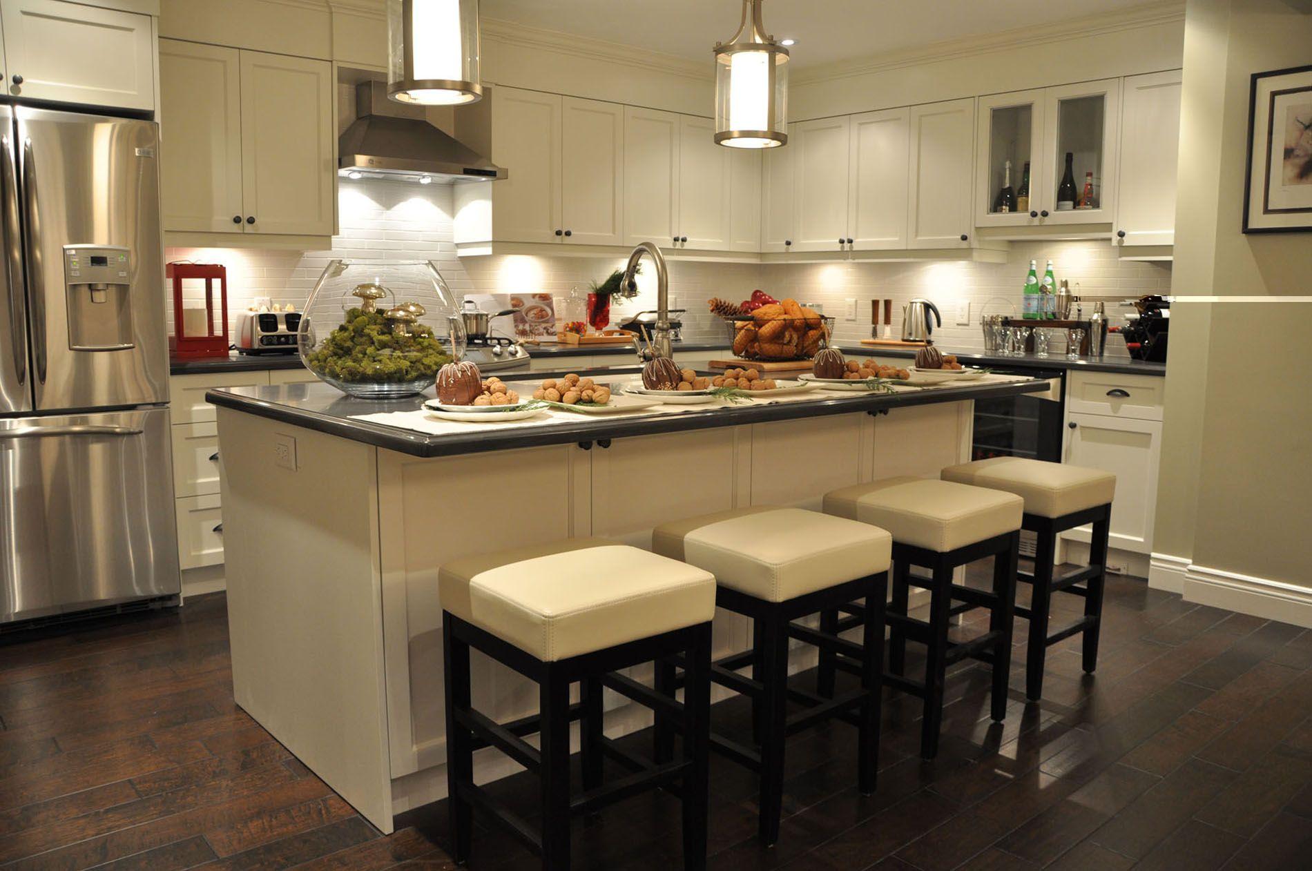 love it or list it episode 4055 the shaver family kitchens pinterest dark counters. Black Bedroom Furniture Sets. Home Design Ideas