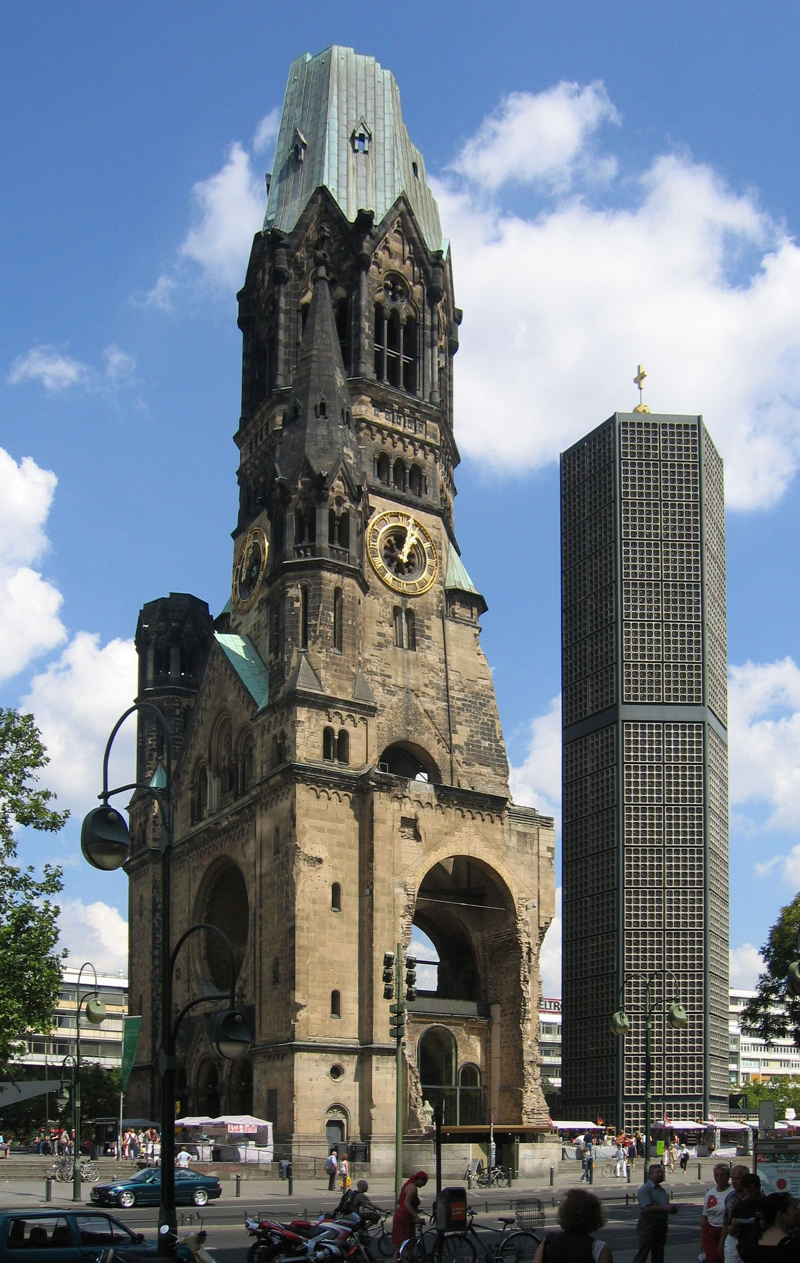 Kaiser Wilhelm Church West Berlin West Germany The Only Reminder Of Wwii Left Standing In The Western Sector Berlin West Berlin Berlin Germany