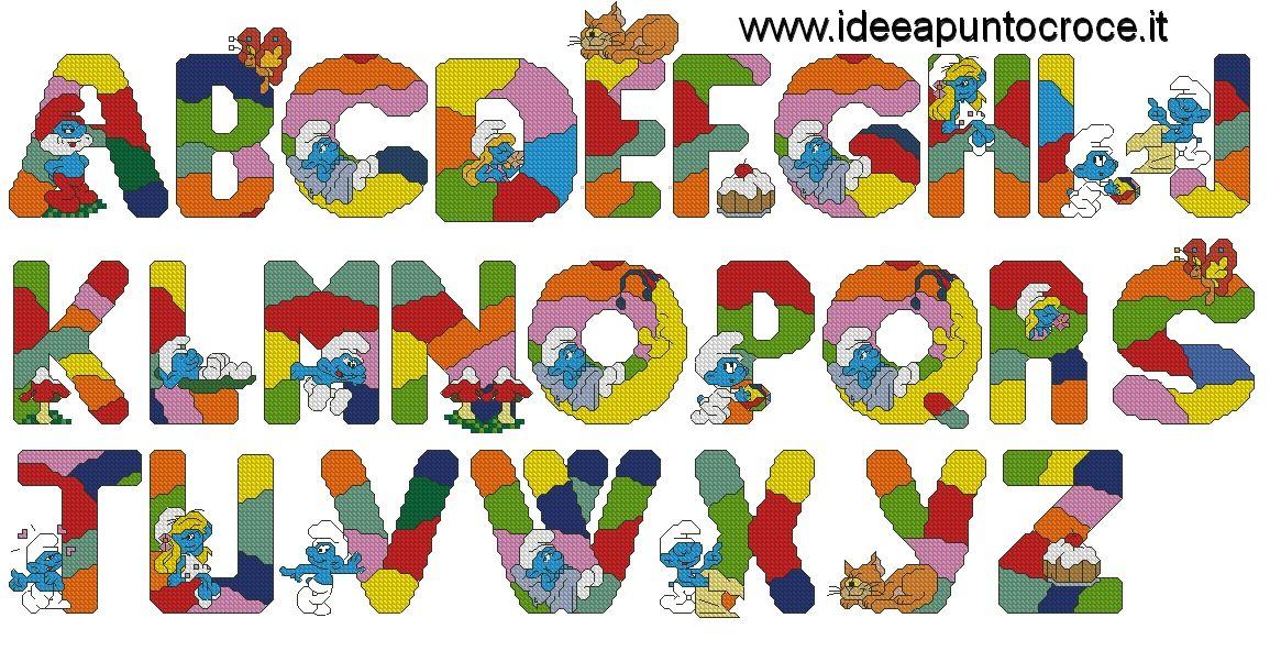 Alfabeto dei puffi punto croce abecedarios y nombres for Schemi punto croce alfabeto bambini