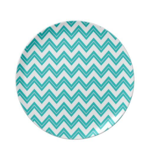 Chevron pattern plate