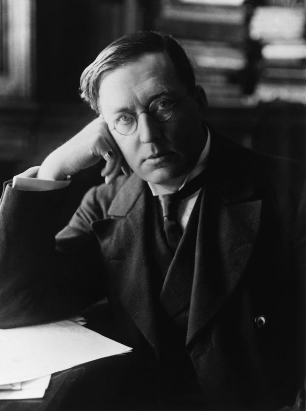 MR James (1862 - 1936), circa 1900 - image Hulton Archive/Getty Images