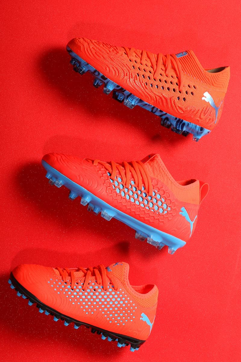 En Futbolmania tienes disponibles las nuevas botas de fútbol para niño PUMA   PowerUP d59daa757ae1f