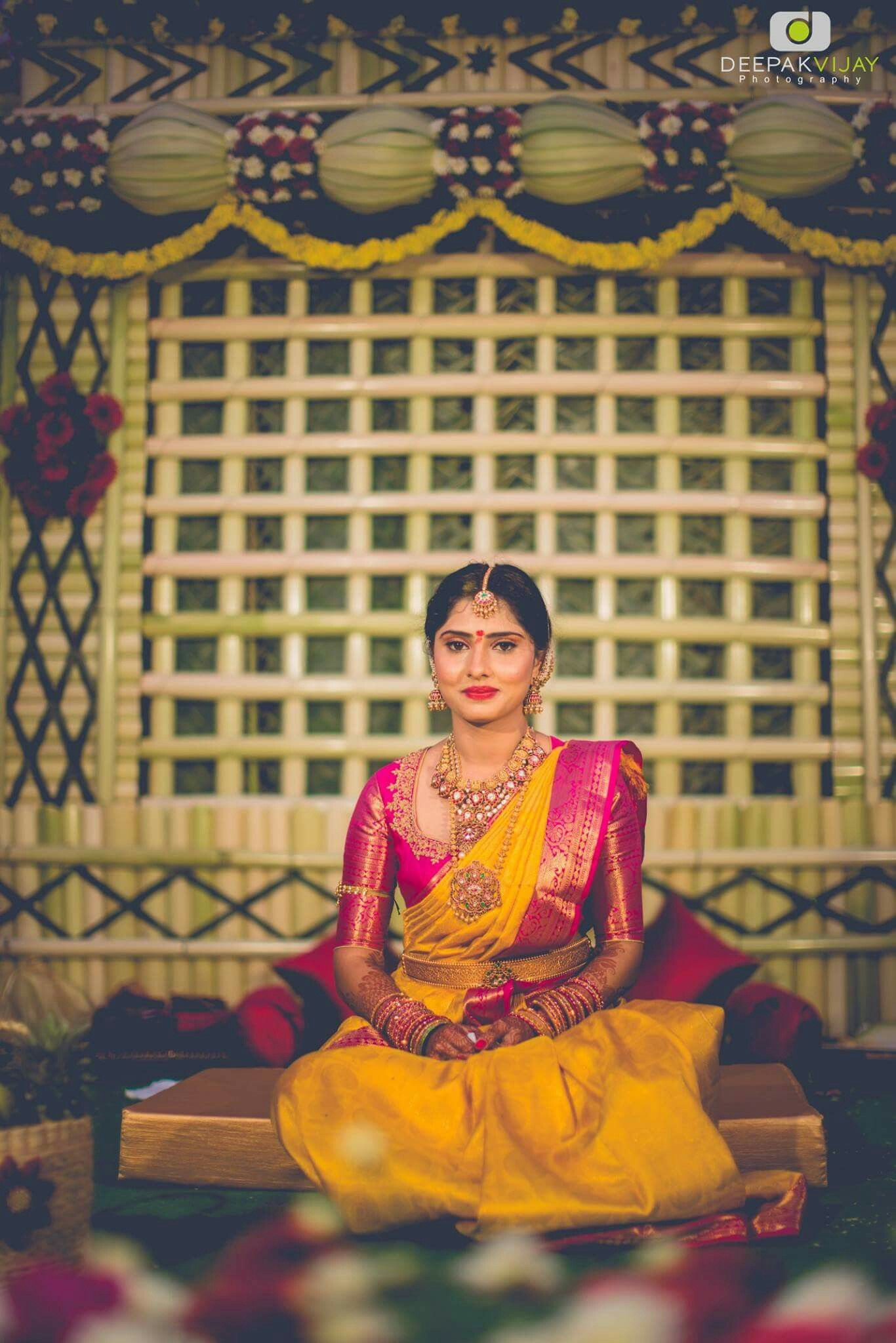 South Indian Bride Gold Indian Bridal Jewelry Temple Jewelry Jhumkis Yellow And Pink Silk South Indian Bride Saree Indian Bridal Sarees Wedding Saree Indian
