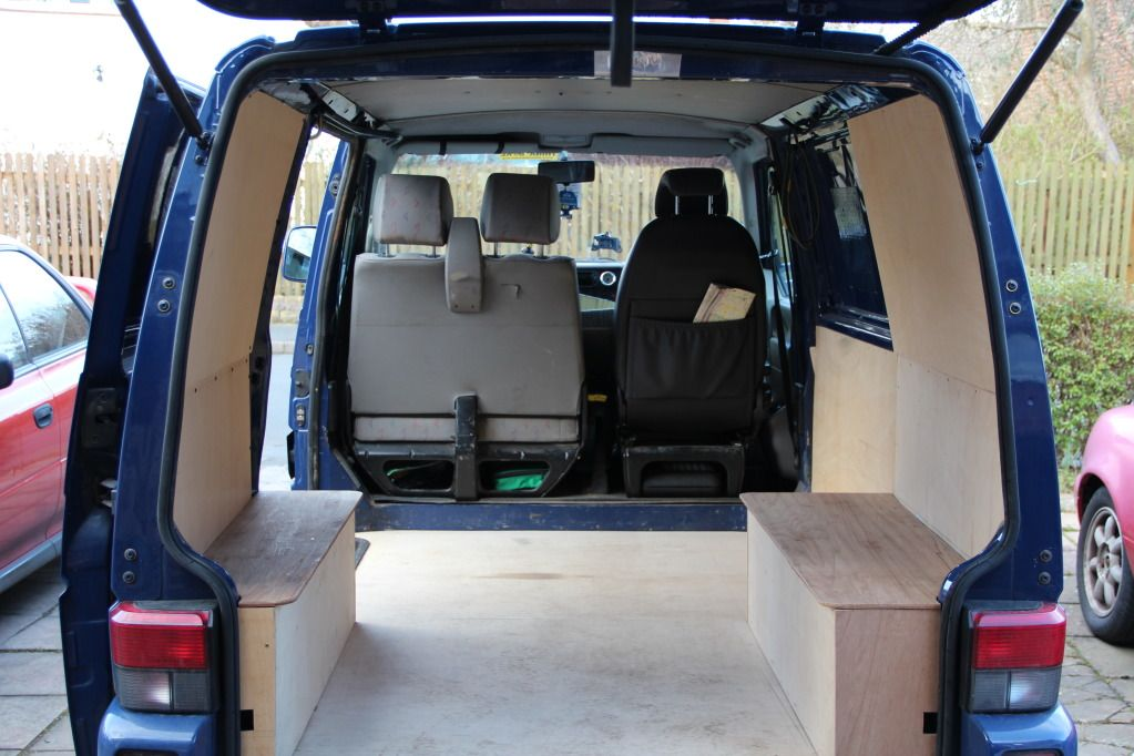 Vw t4 interior bed google suche vw transporter for Vw t4 interior designs