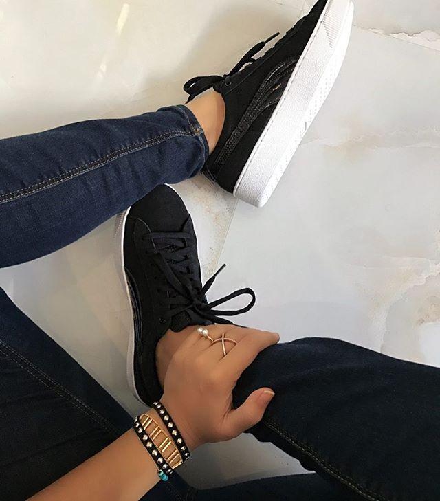 puma vikky black