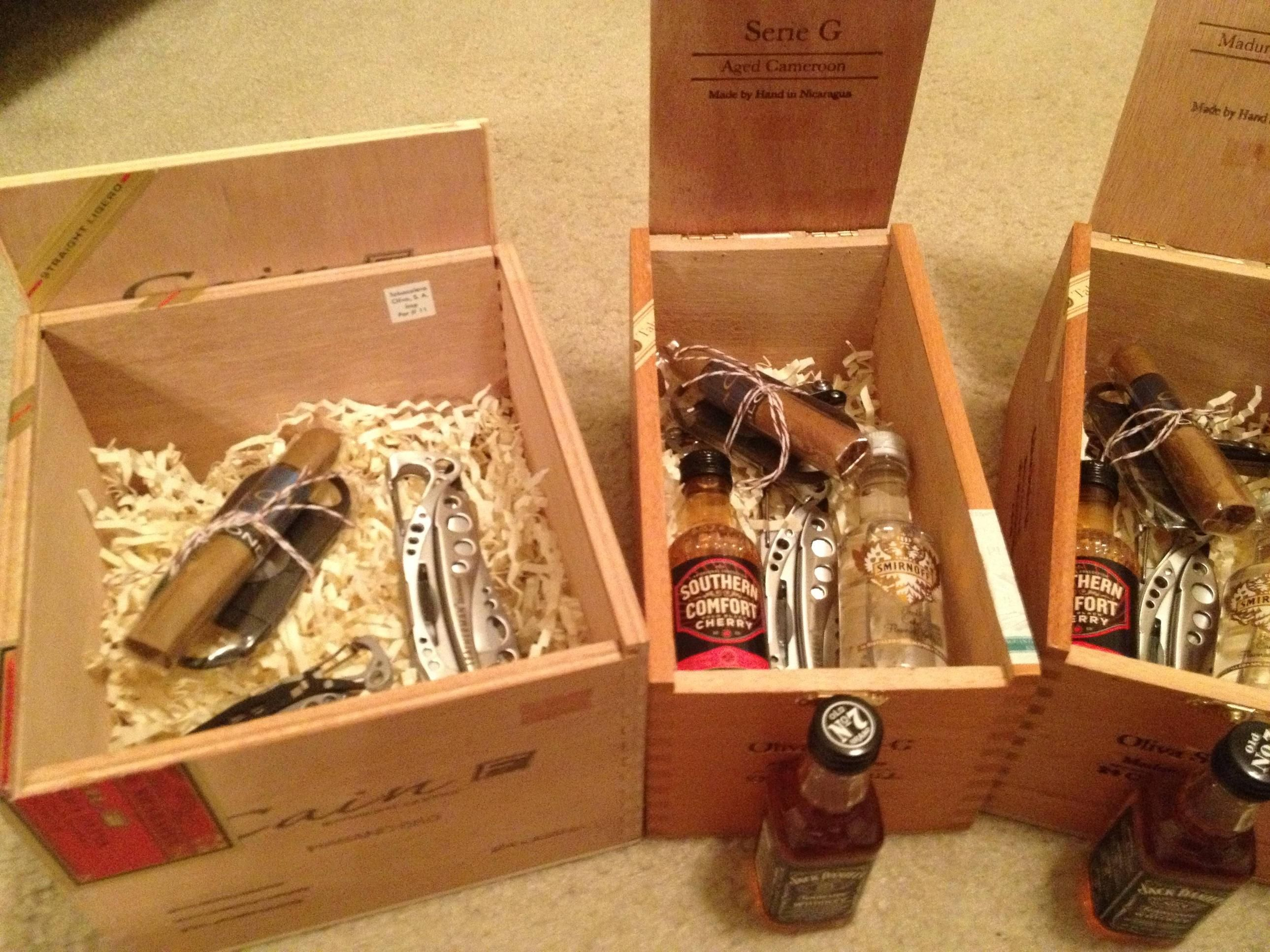 Wedding Party Gift Ideas Groomsmen: Groomsmen Gifts These Are Awesome! I Like The Combo Of The