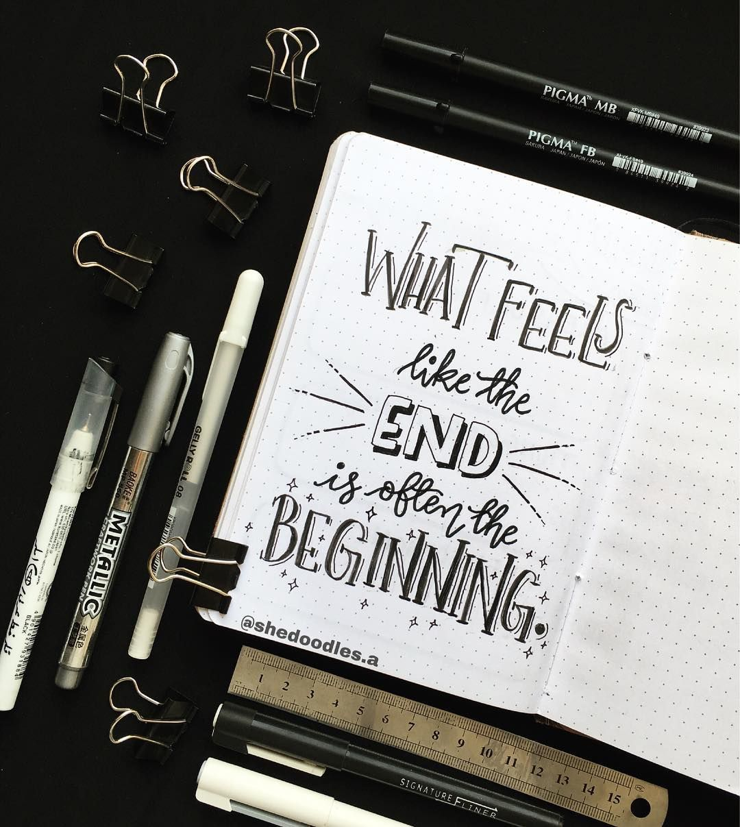 Quote page ideas for your bullet journal so you can stay motivated to complete tasks, finish work, and hit your goals everyday. #bulletjournal