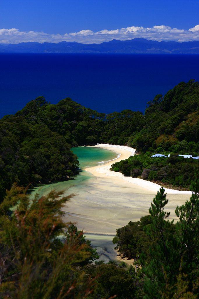 Tongariro Hike Overview | Hiking NZ | New zealand travel