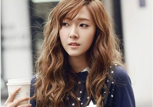Curly Korean Hairstyle With Bangs Hair Pinterest Jessica Jung