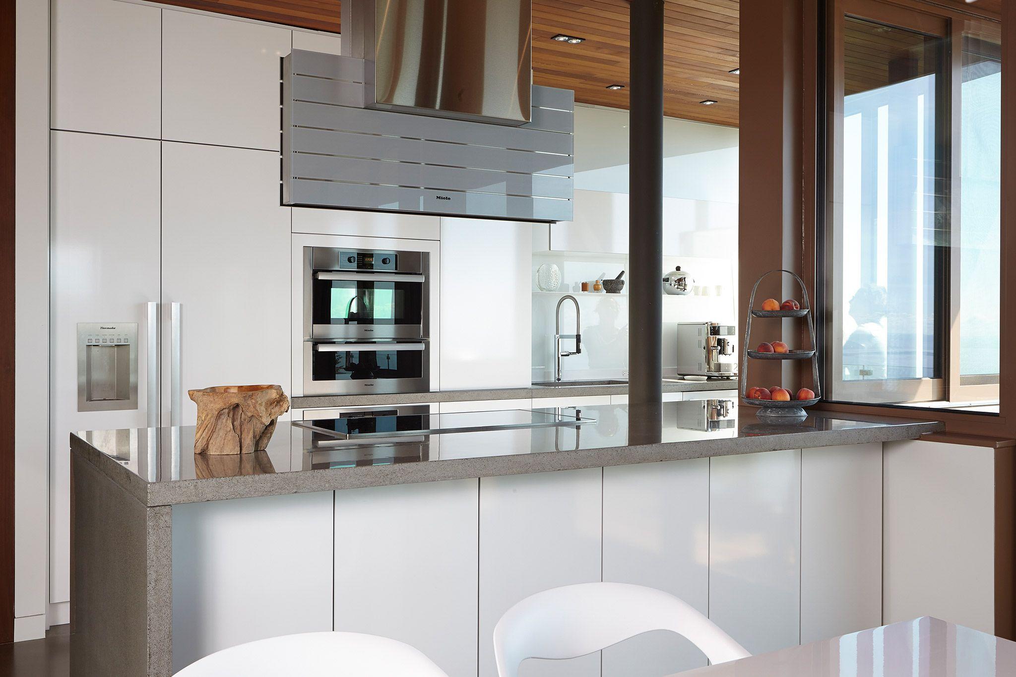 Originale et moderne cuisine et armoires en placage de for Placage cuisine