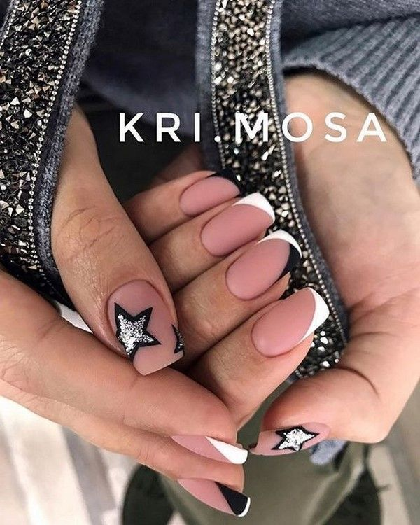 Winter Manicure 2019,2020, Trendy Winter Nail Art Design