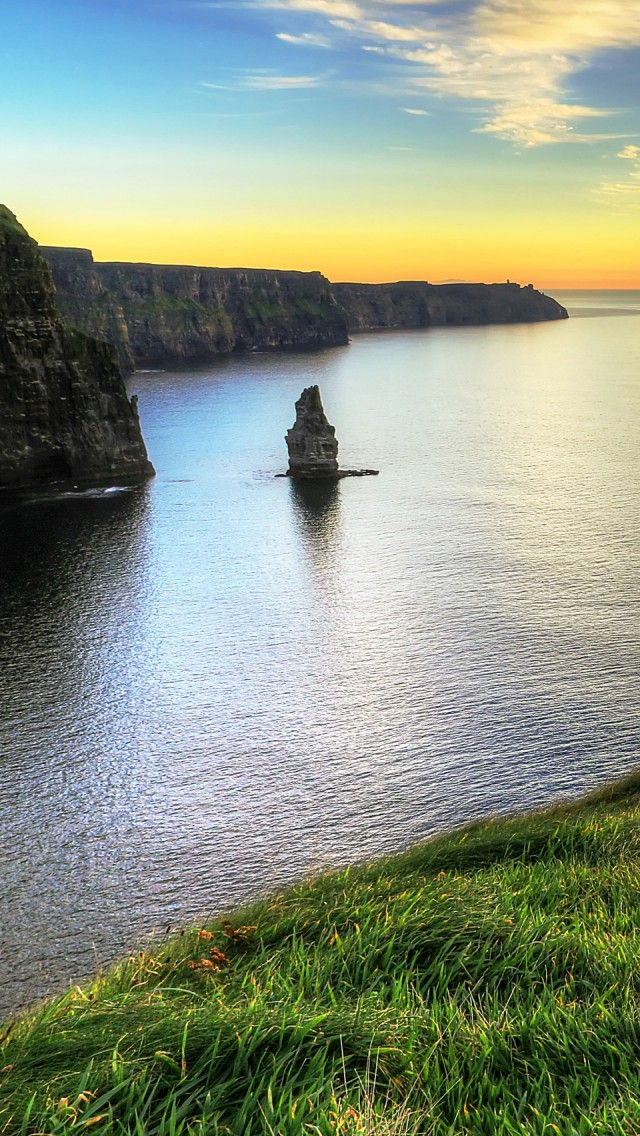 Cliffs Of Moher Ireland iPhone 5 wallpapers, backgrounds