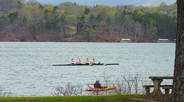 College, youth crews compete at 'The Hunter' at #LakeLanier Olympic Park