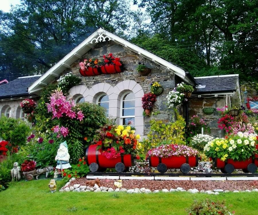 Beautiful Home Gardens Designs Ideas: Pin By Rachel Summers On Flowers